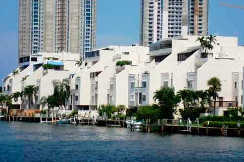 Poinciana Island Condos Sunny Isles Beach Condominiums for Sale and Rent